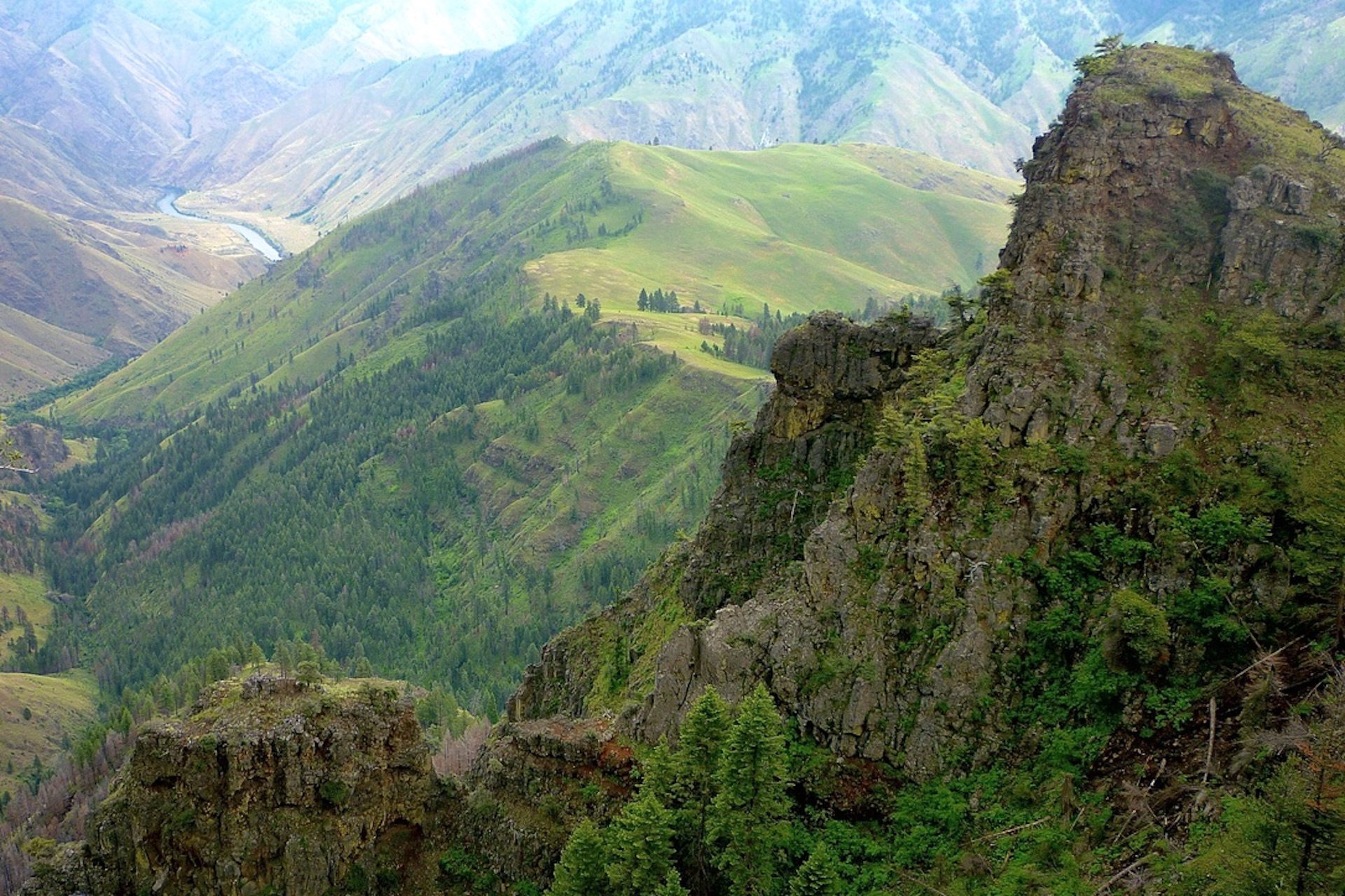 <center>HELL'S CANYON FROM BELOW HAT POINT, OREGON</center>
